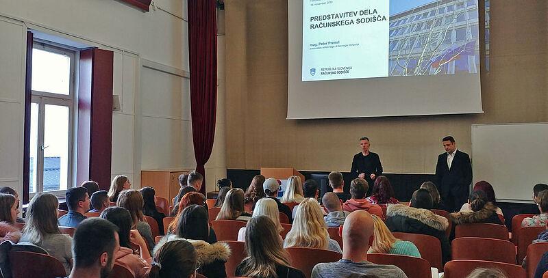 Predstavitev dela računskega sodišča na Fakulteti za varnostne vede Univerze v Mariboru (Foto: Deloitte Slovenija)