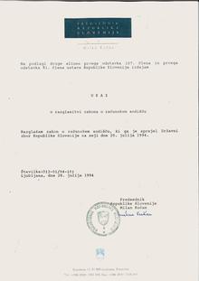 Na podlagi druge alineje prvega odstavka 107. člena in prvega odstavka 91. clena ustave Republike Slovenije izdajam UKAZ o razglasitvi zakona o računskem sodišču Razglašam zakon o računskem sodišču, ki ga je sprejel Državni zbor Republike Slovenije na seji dne 20. julija 1994.  Ljubljana, dne 28. julija 1994 Predsednik Republike Slovenije Milan Kučan