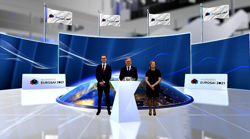 Predsednik VRI Češke Miloslav Kala s somoderatorjema XI. kongresa EUROSAI