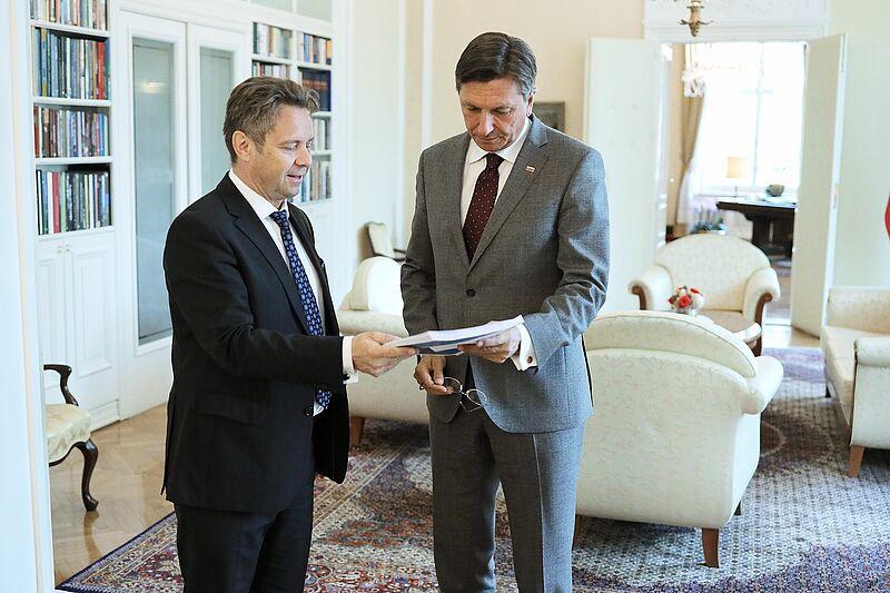 Predsednik Republike Slovenije Borut Pahor in predsednik računskega sodišča Tomaž Vesel